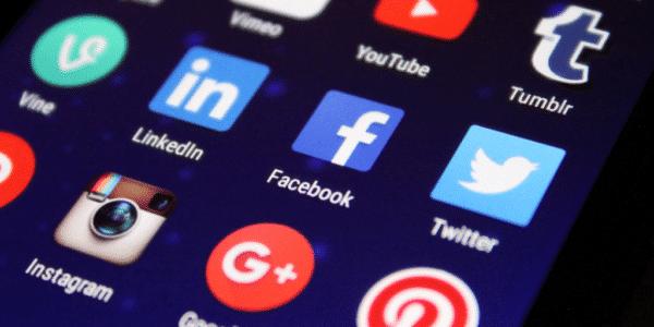 Assurez une présence sur les réseaux sociaux